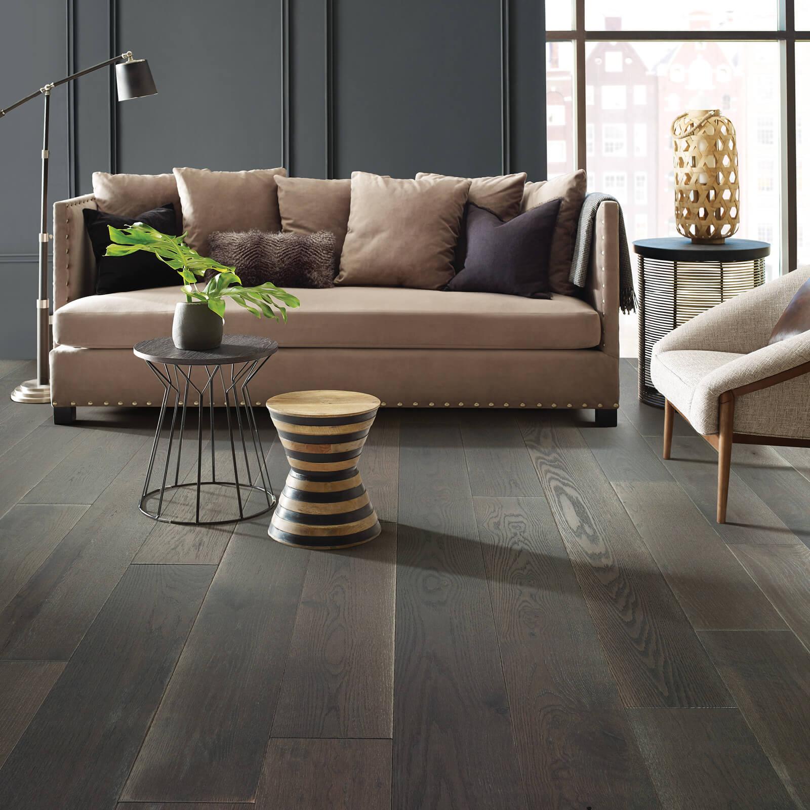 Living room flooring | Flowers Flooring