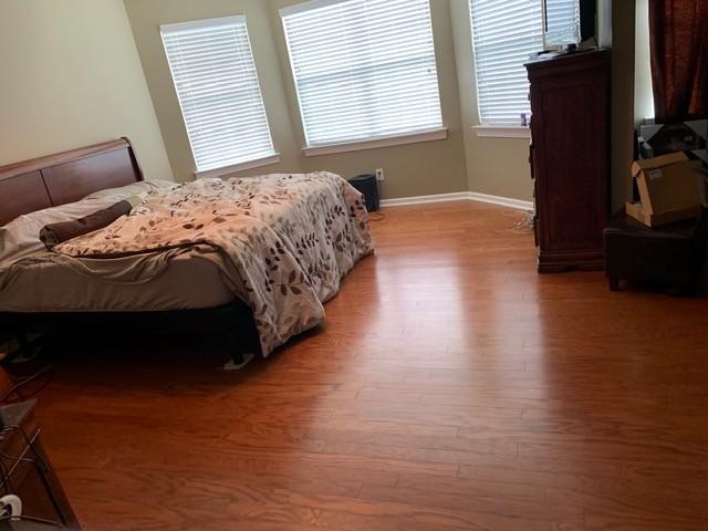 Laminate floor in bedroom | Flowers Flooring
