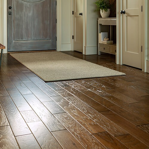 Caring for Your Hardwood Floors in the Spring and Summer | Flowers Flooring